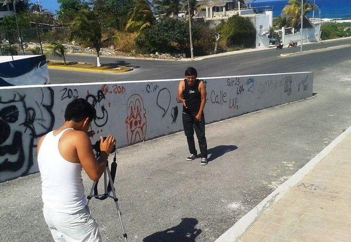 El joven ya prepara otros cortometrajes que desarrollará en Isla Mujeres. (Redacción/SIPSE)