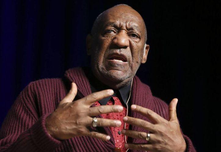 Bill Cosby deberá comparecer ante corte de Los Angeles en octubre, en la foto Cosby durante un evento en el Madison Square Garden. (AP)