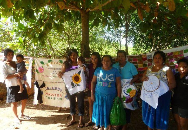 Familias de escasos recursos económicos participan en el programa. (Raúl Balam/SIPSE)
