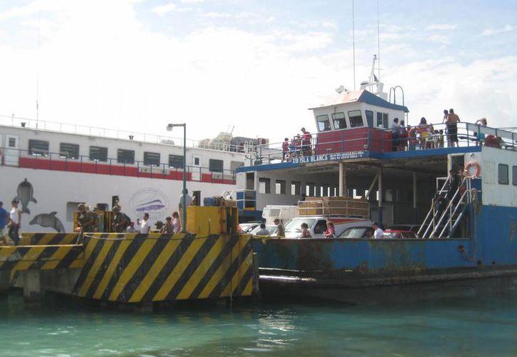 Los dos transbordadores realizarán travesías en las vacaciones. (Lanrry Parra/SIPSE)