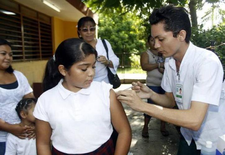 Reconoce Sanofi la labor de vacunación de instituciones y organismos civiles. (SIPSE)