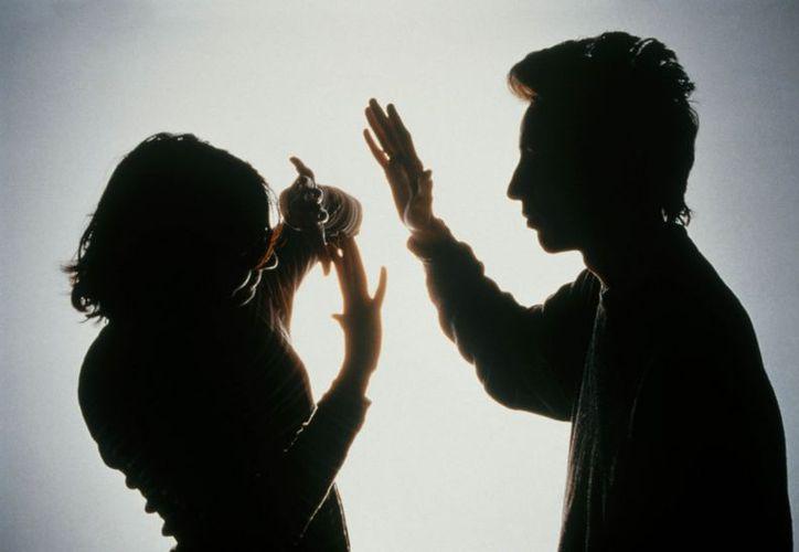 La iniciativa prevé mecanismos especiales de protección a la mujer. (dgcs.unam.mx)