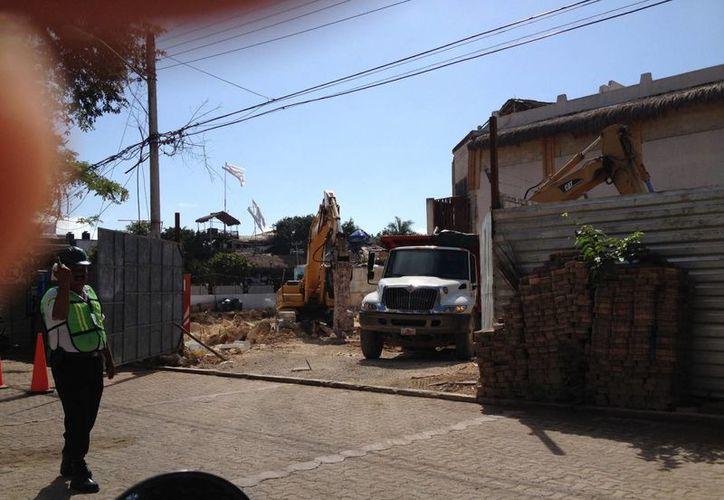 Las maquinarias continúan realizando trabajos en la zona. (Adrián Barreto/SIPSE)