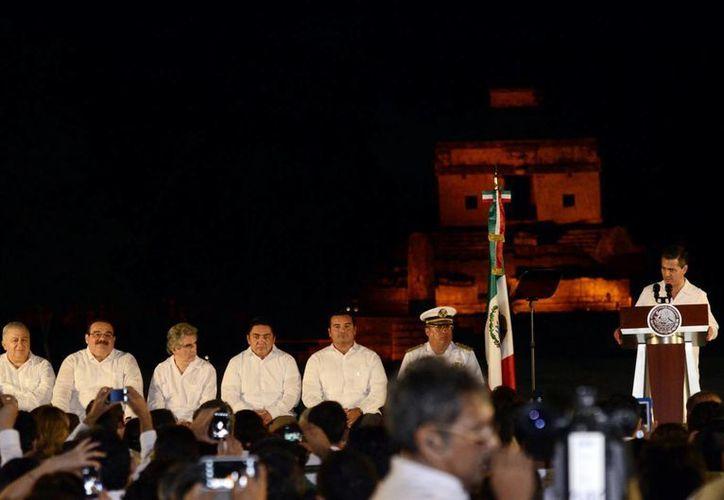 La inauguración del Festival Internacional de la Cultura Maya 2013, en la zona arqueológica de Dzibilchaltún. (Notimex)