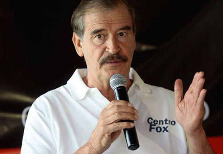 Vicente Fox anunció la creación de un fondo petrolero por 500 millones de dólares con el objetivo de invertir en la industria petrolera mexicana. (Milenio)