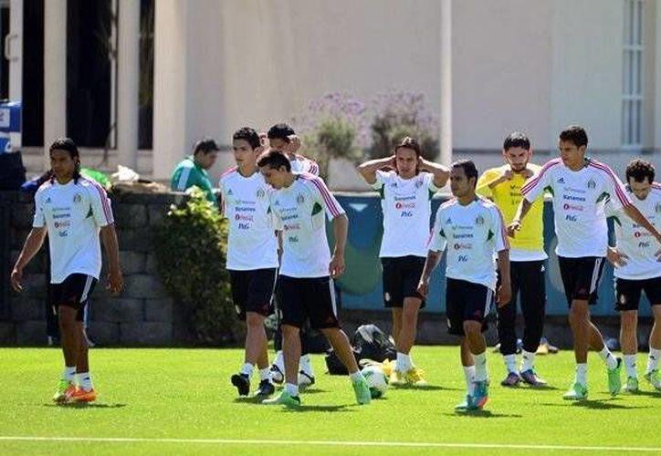 El Tri jugará contra Nigeria como preparación para enfrentarse a otro africano, Camerún, en la Copa del Mundo. (Mexsports.com)