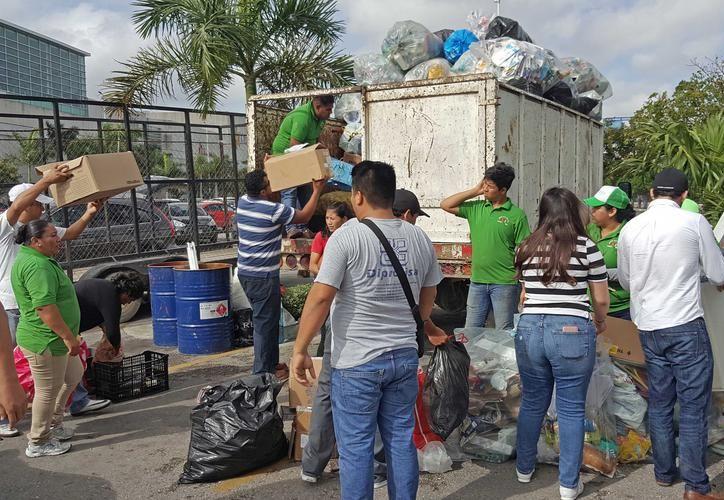 Todo el material reciclable que reúnas podrás llevarlo a los Centros de Acopio de la ciudad. (Archivo/ SIPSE)