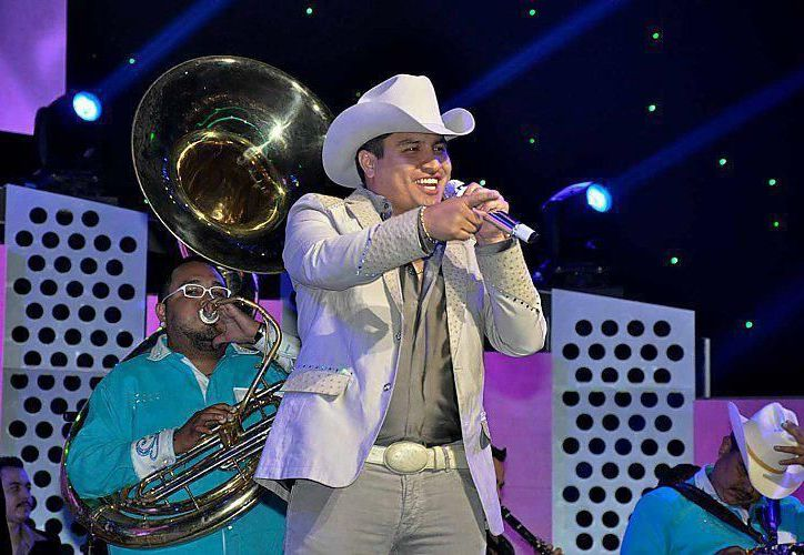 El cantante abarrotó el palenque de la Feria de León, Guanajuato. (Facebook/Julión Alvarez)