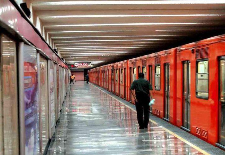Para facilitar la movilidad de la gente que decida salir a votar, el servicio de transporte metro ofrecerá el servicio gratuito. (Foto: Internet)