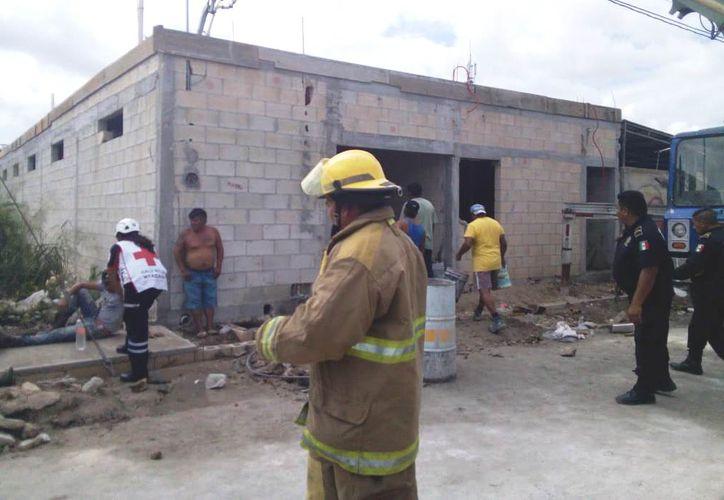 Al sitio llegaron elementos de la Policía Municipal de Progreso y paramédicos. (Gerardo Keb)
