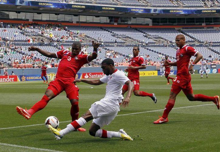 Con el empate de este domingo ante Panamá, Canadá se despide la Copa Oro 2013. (Agencias)