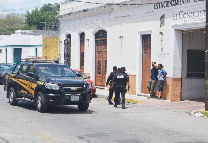 Varias calles aledañas a Paseo de Montejo fueron cerradas en un operativo para detener a un sujeto. (Milenio Novedades)