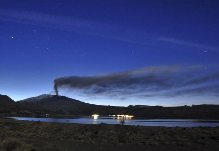A lo largo de la cordillera de Los Andes existen unos tres mil volcanes. (Agencias)