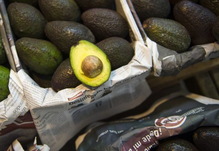 Aguacates están a la venta en un gran mercado en la Ciudad de México. (AP/Nick Wagner)