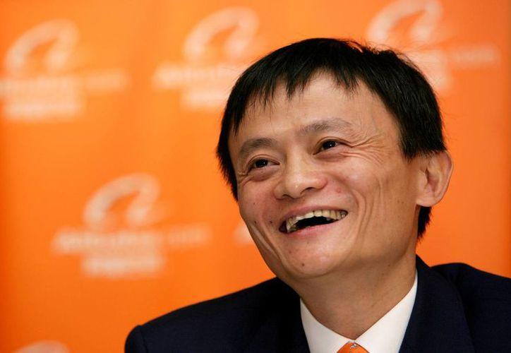 Jack Ma, considerado el hombre más rico de China, amasó su fortuna gracias a su empresa de comercio online. (lifehack.org)