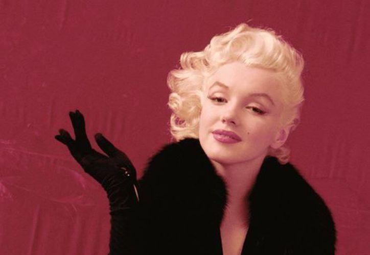 Marilyn Monroe puso su belleza en mano de un cirujano plástico... y nadie lo sabía. (Agencias)