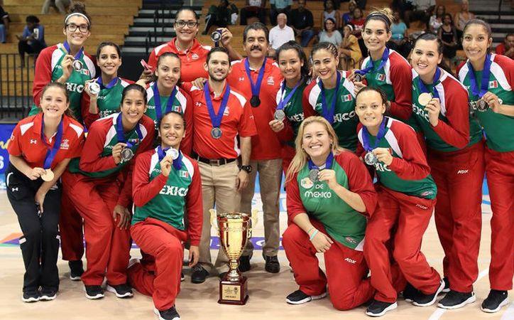 La selección mexicana de básquetboll logró vencer 74-43 al equipo de Jamaica. (Foto: FIBA/Twitter)