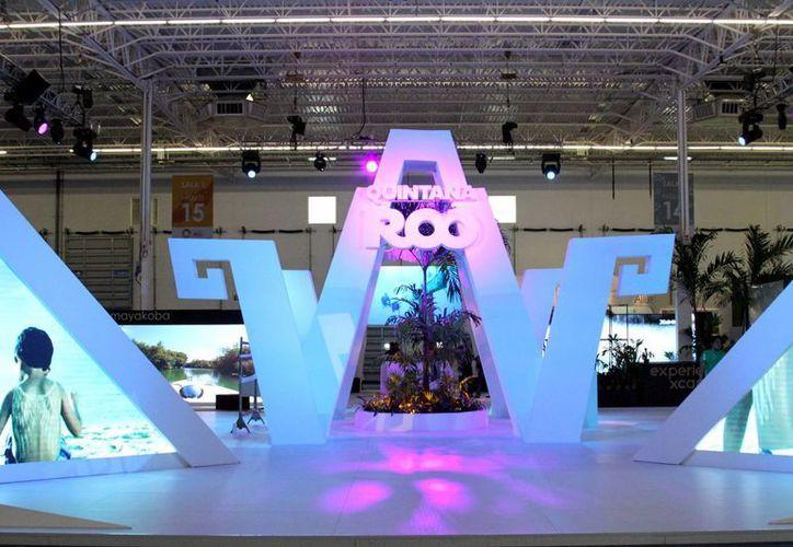 Ayer se inauguró el Tianguis Turístico 2014 en el que representantes de la Riviera Maya programaron una nutrida agenda de negocios.  (Adrián Monroy/SIPSE)