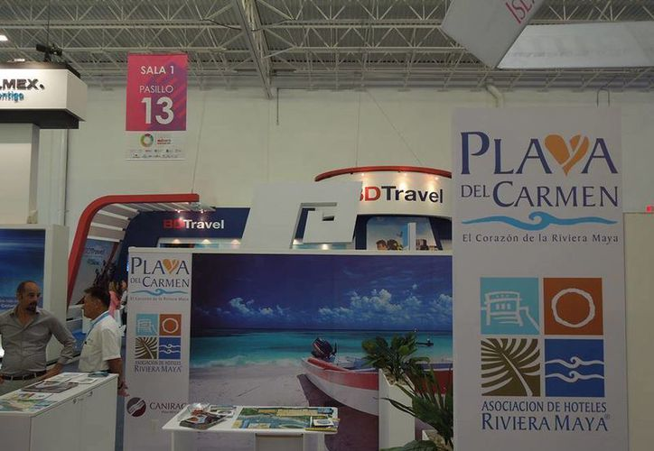 """El stand """"Playa del Carmen, corazón de la Riviera Maya"""". (Redacción/SIPSE)"""