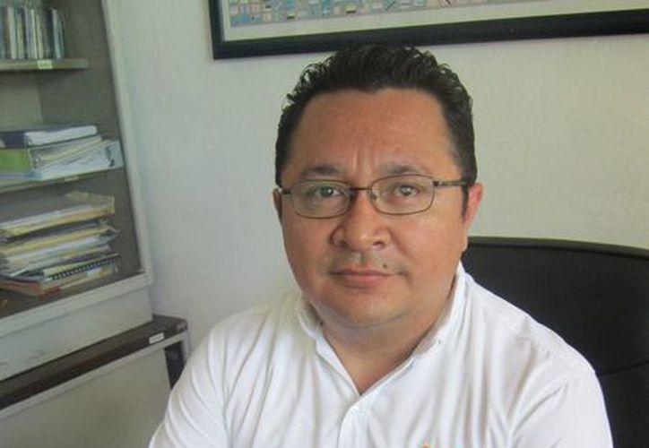 Ariel Cob Castro, subdirector del Colegio de Bachilleres Cancún I. (Israel Leal/SIPSE)