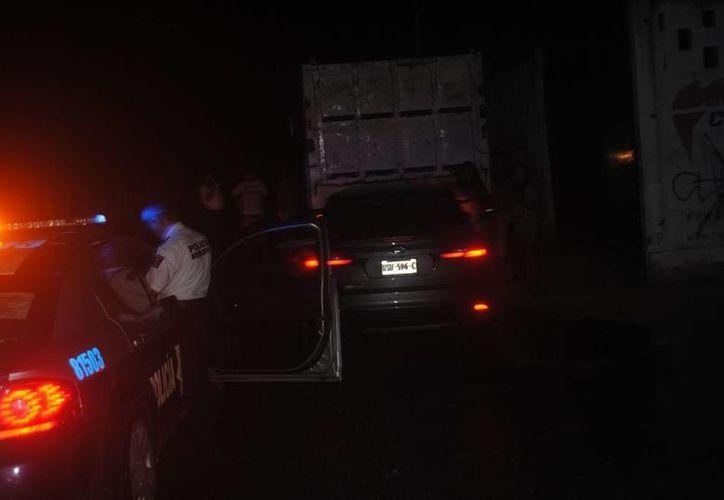 Luego del ataque en Playa del Carmen, la agraviada recorrió la zona a bordo de una patrulla con la intención de identificar al agresor. (Contexto/SIPSE)
