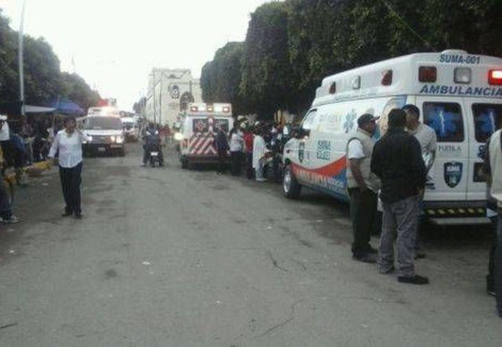 Dos de los heridos por el estallido de pirotecnia en Puebla presentan quemaduras de tercer grado en pies y muñecas, mientras que las otras tres personas sufrieron heridas menores. (Milenio)