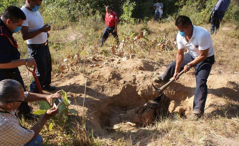 Hasta el momento han encontrado más de dos mil cuerpos de personas. (Expres)