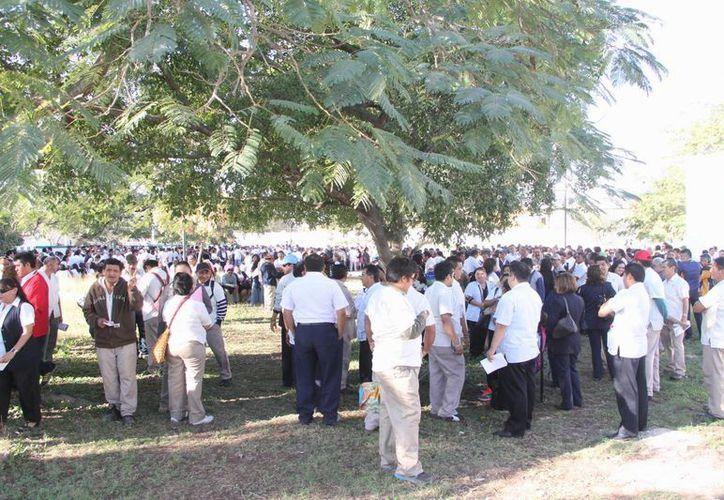 Más de 750 afiliados a la Autamuady votarán para legitimar la huelga que mantienen desde el pasado viernes. (José Acosta/SIPSE)
