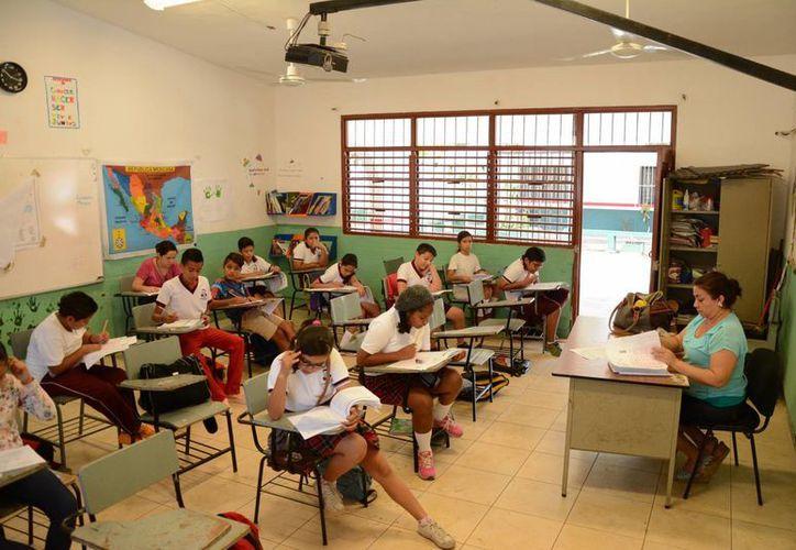 En Quintana Roo hay alrededor de mil 800 planteles del nivel básico. (Victoria González/SIPSE)