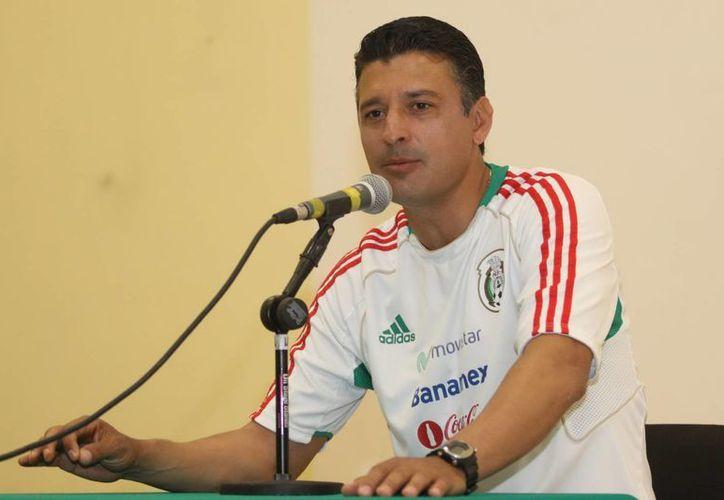 Almaguer dijo sentirse tranquilo porque los jugadores dieron todo en la Copa del Mundo Sub-20 Turquía 2013. (Archivo Notimex)