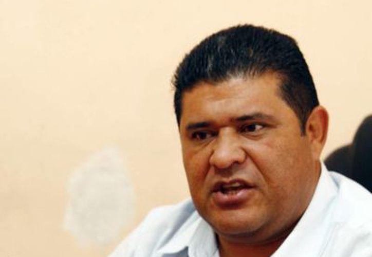 Aarón Palomo Euán, director de Protección Civil, dijo que en la preparación del simulacro se trabaja con diversos sectores. (Christian Ayala/SIPSE)