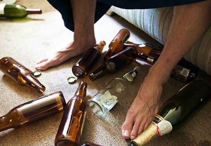 La llamada 'cruda'  o 'resaca' es el malestar general que se padece tras un consumo excesivo de bebidas embriagantes. (Contexto/Internet)