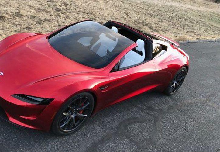 El nuevo Roadster puede pasar de 0 a 100 km/h en 1.9 segundos. (Foto: Forbes)