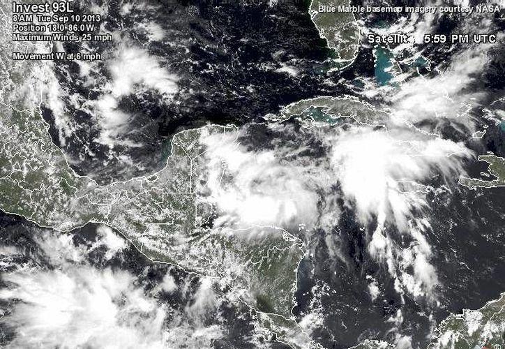 La zona de disturbio se ubica frente a las costas de Quintana Roo. (Conagua)