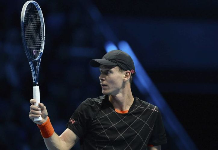 Si el checo Tomas Berdych (foto) pierde ante Novak Djokovic en la Copa Masters de la ATP, el serbio asegurará terminar el año como el tenista número 1 del mundo según el ranking. (EFE)