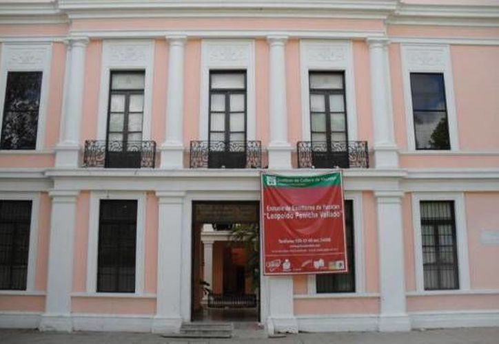 """La Escuela de Escritores """"Leopoldo Peniche Vallado"""" ofrece  el Programa de Formación Literaria para el público en general. (Milenio Novedades)"""