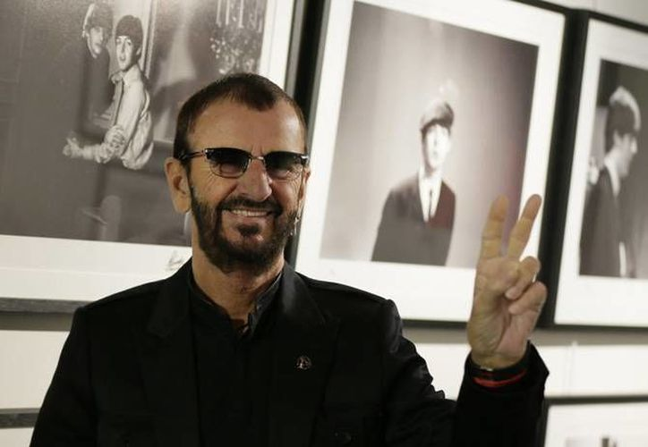 El exintegrante de The Beatles, Ringo Starr, subastará cerca de 800 artículos, entre los que se encuentran una batería que utilizó durante más de 200 presentaciones y una guitarra perteneciente a John Lennon. Parte de lo recaudado será donado a la Fundación Lotus Children. (Archivo AP)