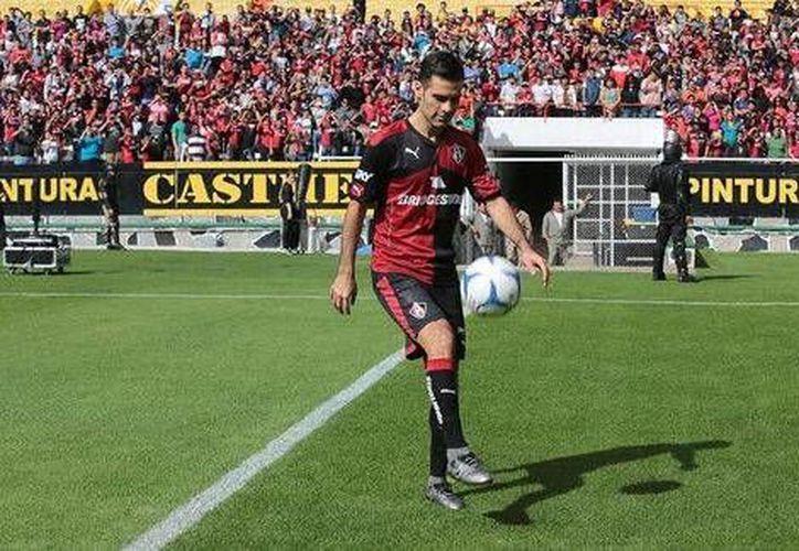 Rafael Márquez en el estadio Jalisco durante su presentación oficial como jugador del Atlas. (Milenio Digital)