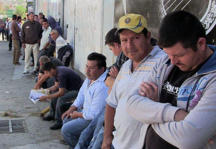 Los ciudadanos extranjeros fueron presentados ante la autoridad migratoria para los trámites correspondientes. (Notimex)