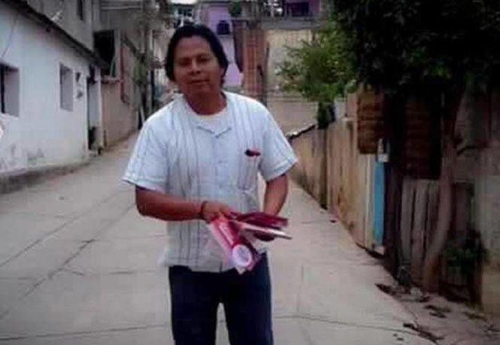 """Agustín Pavía fue asesinado el 13 de septiembre con arma de fuego. Era locutor de la radio comunitaria """"Tu Un Ñuu Savi"""" en Oaxaca. (Excélsior)"""