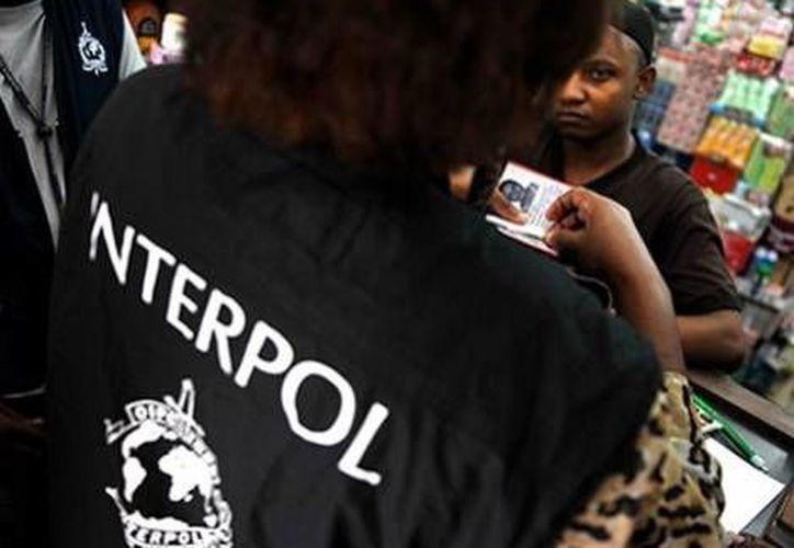 La alerta de Interpol solicita la colaboración de sus 190 países miembros. (Agencias)