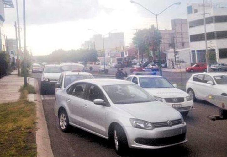 El viernes hubo un operativo contra los vehículos de transporte privado en la capital del estado. (Estrella Álvarez/Milenio)