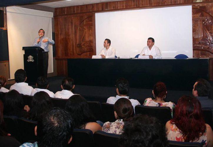 El convenio se celebró en la Universidad de Quintana Roo, Campus Cozumel. (Cortesía/SIPSE)