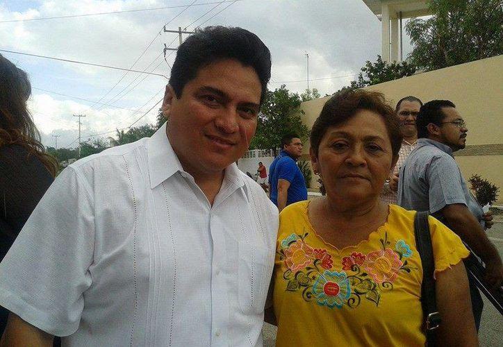 Carlos Pavón Flores renuncia al Inderm para buscar la presidencia estatal del PRI. (Facebook)
