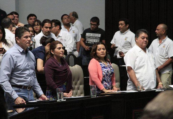 Se buscará hacer el consenso durante el último periodo de sesiones de la actual legislatura, pero sí no se logra entonces los diputados tomarán la decisión. (Claudia Martín/SIPSE)