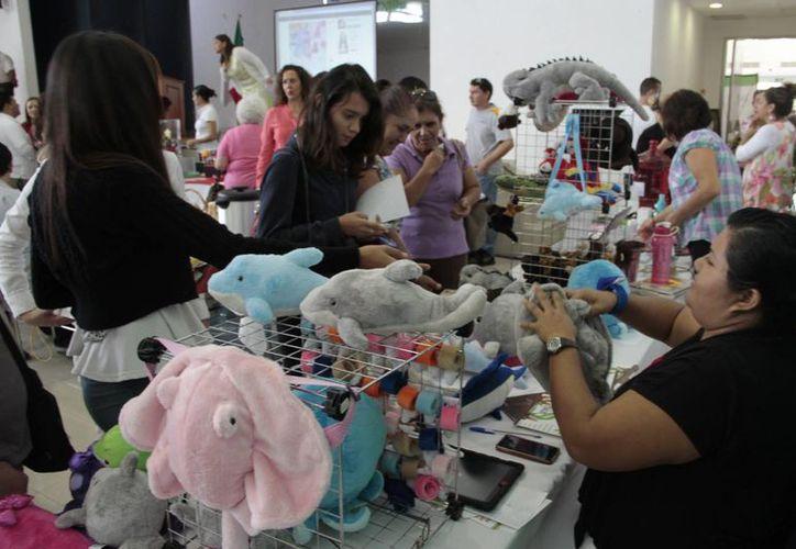 Se llevó a cabo la cuarta edición de la Expo Emprendedoras 2014. (Tomás Álvarez/SIPSE)