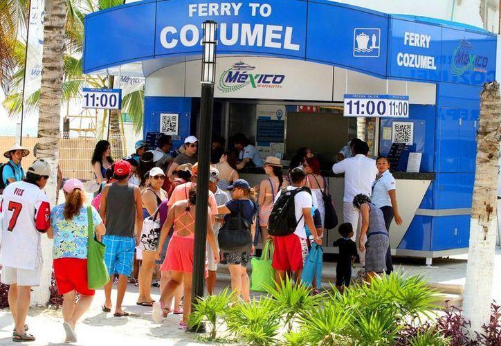 Actualmente las navieras únicamente aplican  descuento a los pasajeros que radican en Cozumel. (Daniel Pacheco/SIPSE)