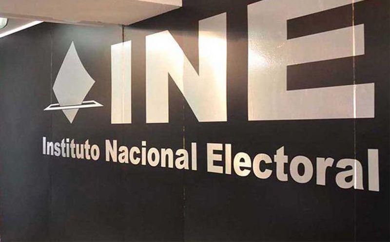Suspende INE a funcionario por presunto acoso sexual