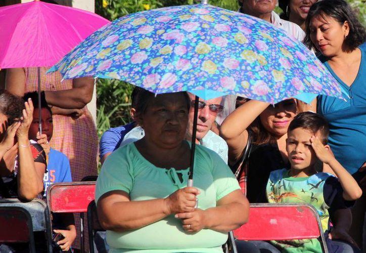 La temperatura máxima en Mérida alcanzó este martes los 35.8 grados centígrados, a las 15 horas. Este martes, según la Conagua, podría también ser muy caluroso. (SIPSE)