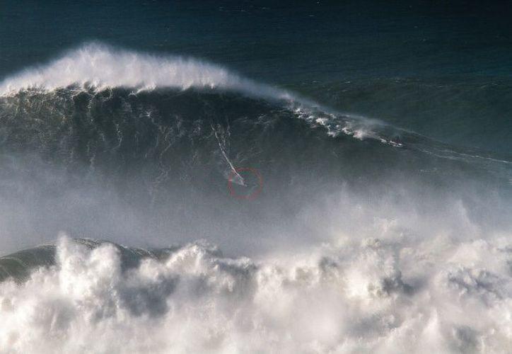 Eso superó el récord anterior de 23,77 metros (78 pies) establecido por el estadounidense Garrett McNamara en 2011. (Foto: AP).
